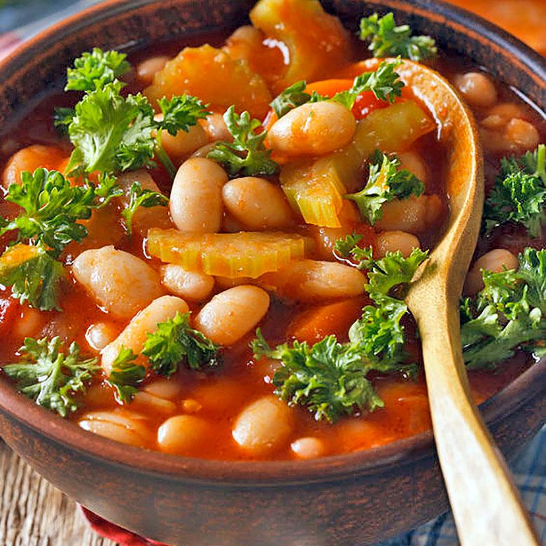 Alubias en su caldo con verduras