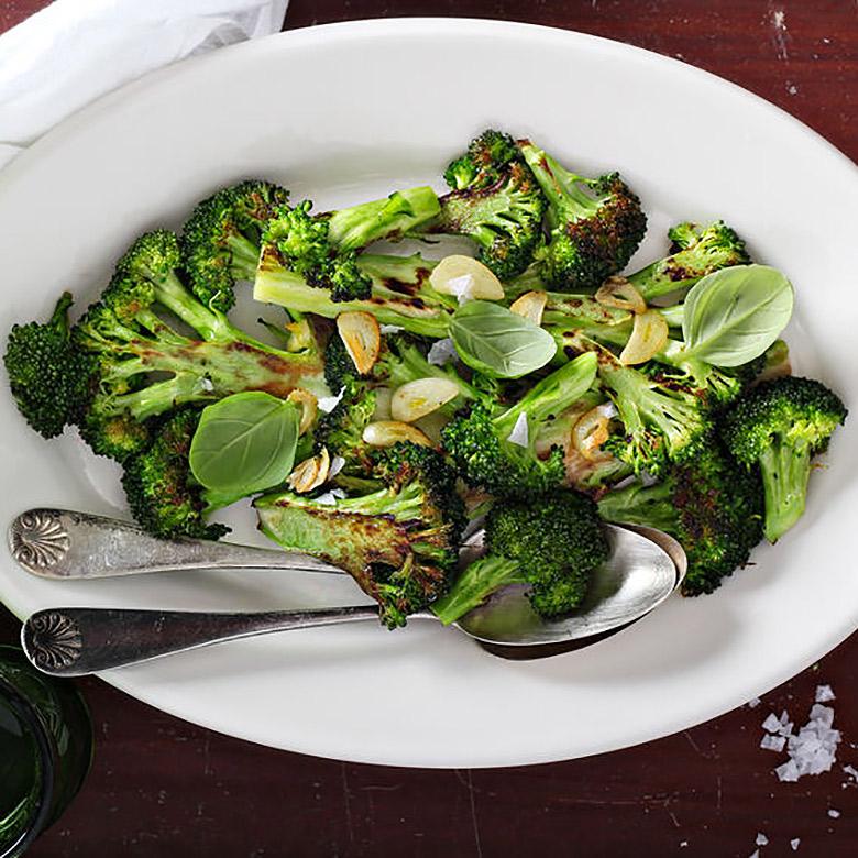 Brócoli salteado al ajillo